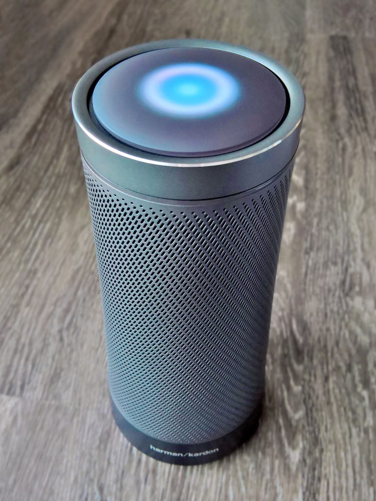 smart speaker with voice assistance